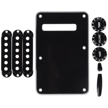 Fender Stratocaster Black Accessory Kit