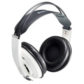 Superlux HD681EVO Baltos